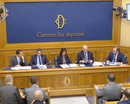 Alla camera il progetto di forza italia per il rilancio for Deputati di forza italia