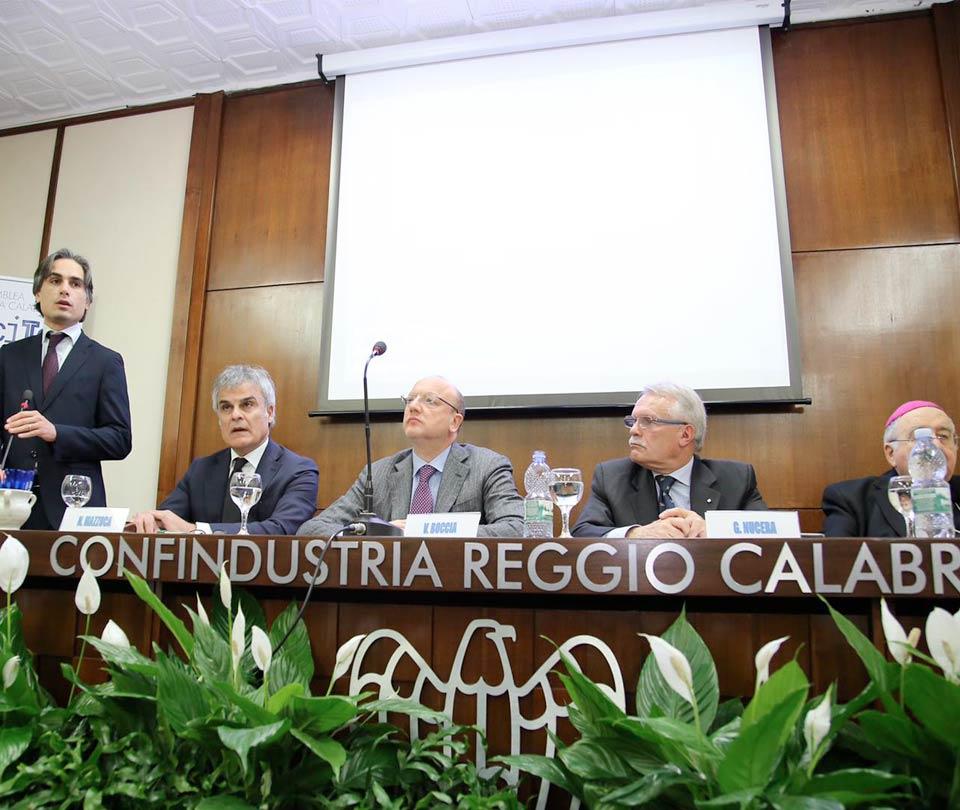 Il convegno di Reggio della Confindustria