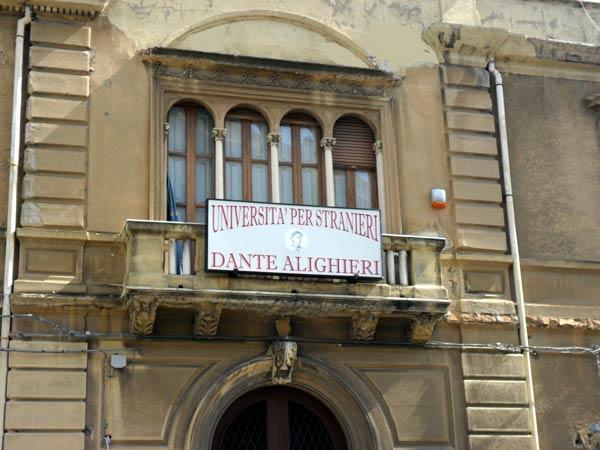 Università per Stranieri Dante Alighieri