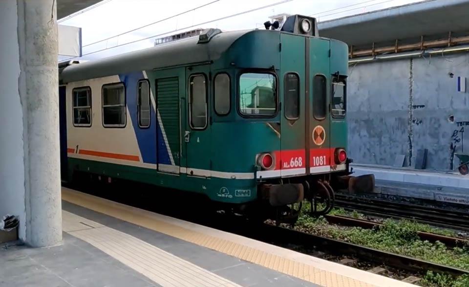 Treno in Calabria
