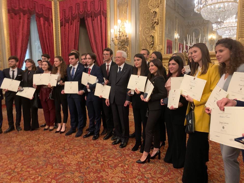 Mattarella con i nuovi 26 Alfieri della Repubblica