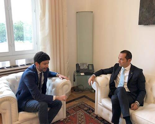 Il ministro Roberto Speranza e Marco Siclari