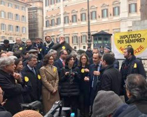 Riforma prescrizione davanti a Montecitorio
