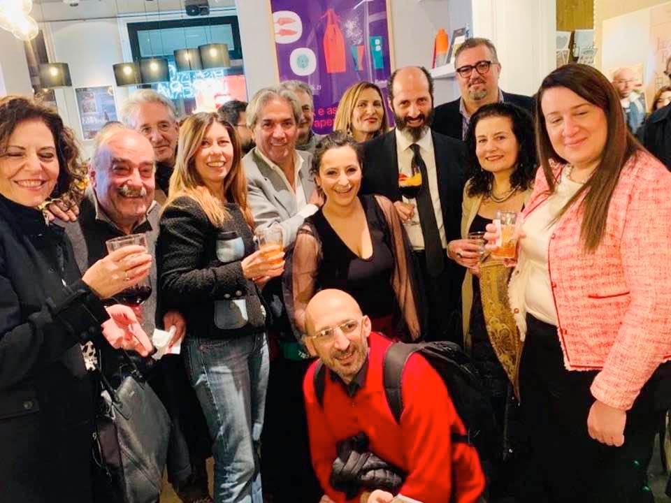 Francesco Spanò con amici e lettori alla Feltrinelli Red di Roma