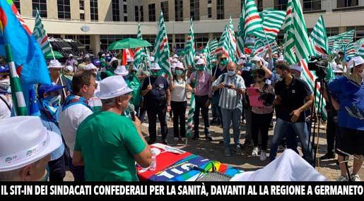 Sit-In sindacati Cgil-CIsl-Uil a Germaneto per la Sanità in Calabria