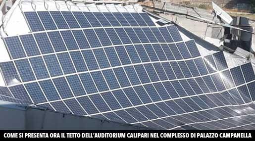Il testto crollato dell'Auditorium Calipari a Reggio