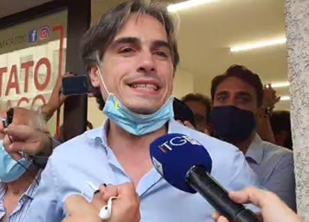 Giuseppe Falcomatà appena rieletto sindaco