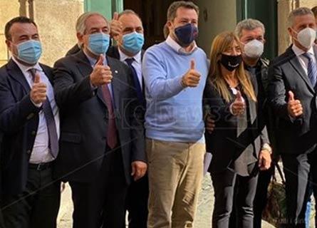Cataldo Calabretta, Piuetro Molinaro Matteo Salvini e gli rappresentanti della Lega in Calabria