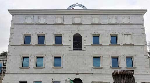 Il primo edificio della Cittadella di Padre Pio a Drapia (VV)