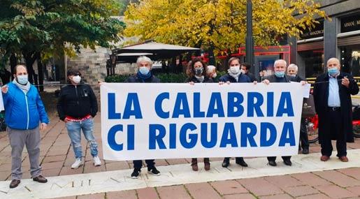 La manifestazione dei calabresi a Milano