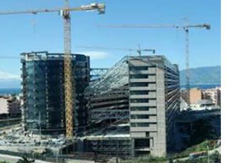 Il futuro Palazzo di Giustizia di Reggio: lavori fermi