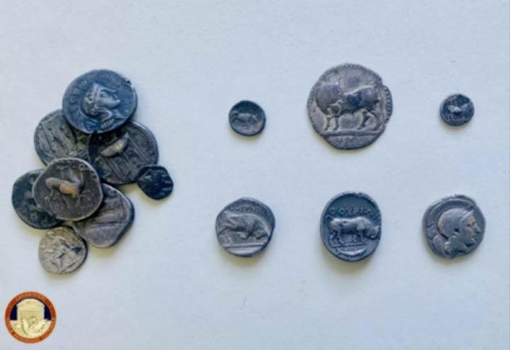 Monete restituite al Parco archeologico di Sibari
